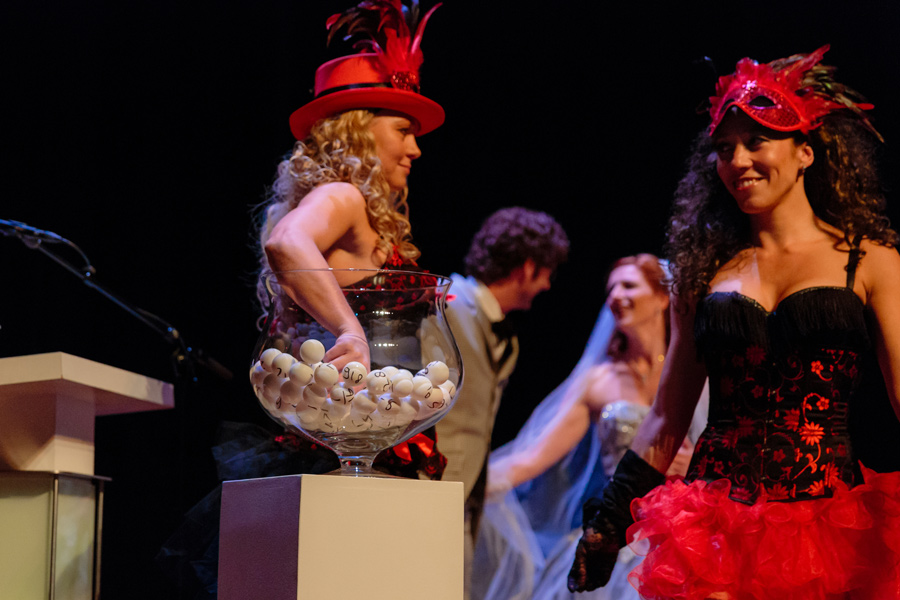 Bruidsfotografie-Zwolle-Theater-De-Spiegel-021