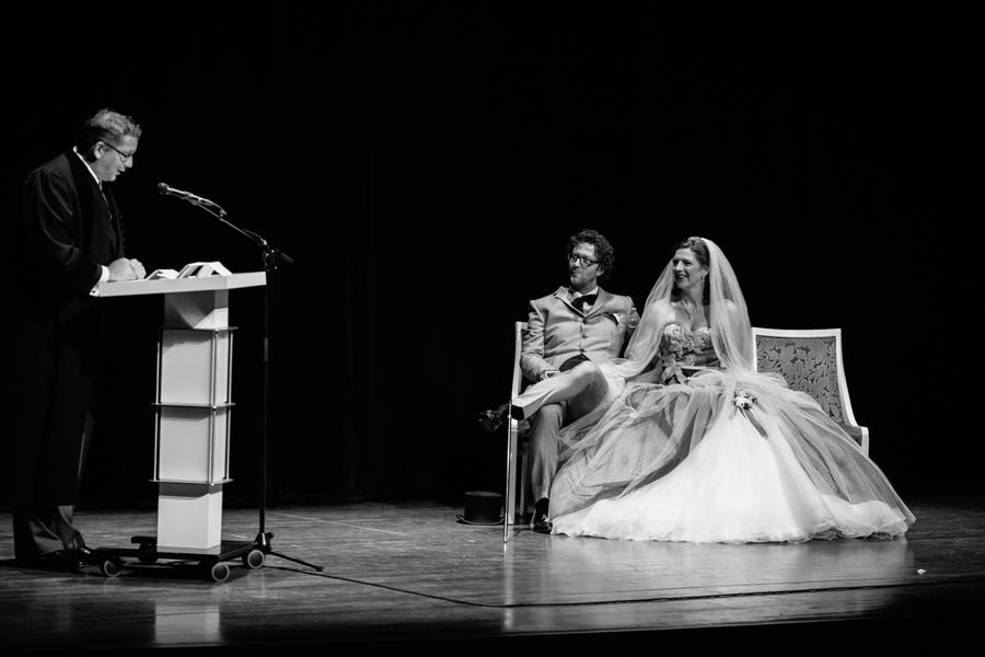 Bruidsfotografie-Zwolle-Theater-De-Spiegel-022