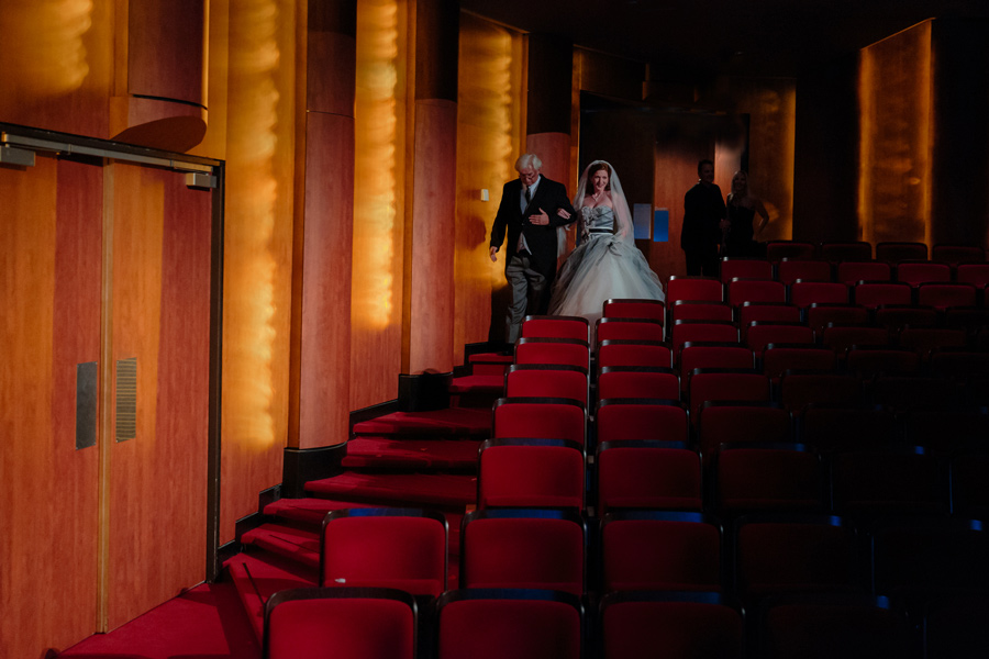 Bruidsfotografie-Zwolle-Theater-De-Spiegel-058