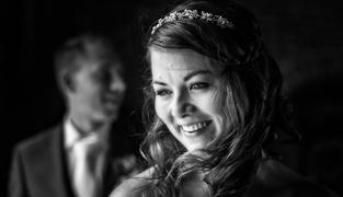 Bruidsfotografie-Zwolle-Statenzaal-Het-Vliegerhuys-003