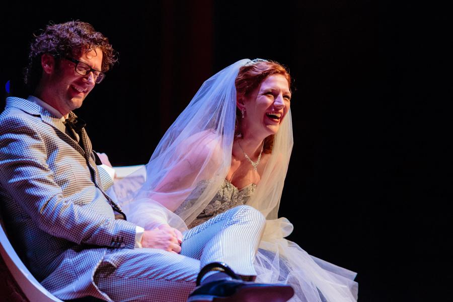 Bruidsfotografie-Zwolle-Theater-De-Spiegel-023