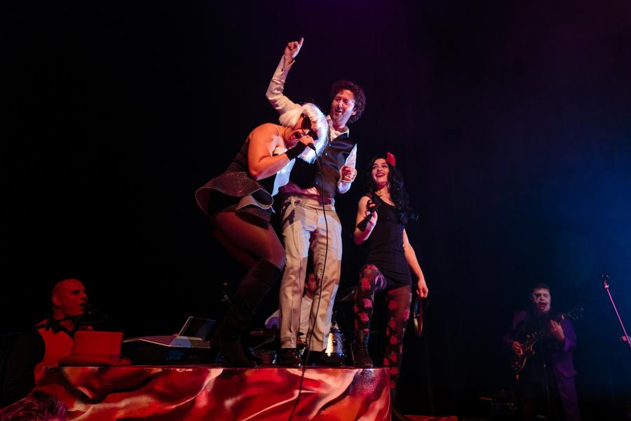 Bruidsfotografie-Zwolle-Theater-De-Spiegel-054