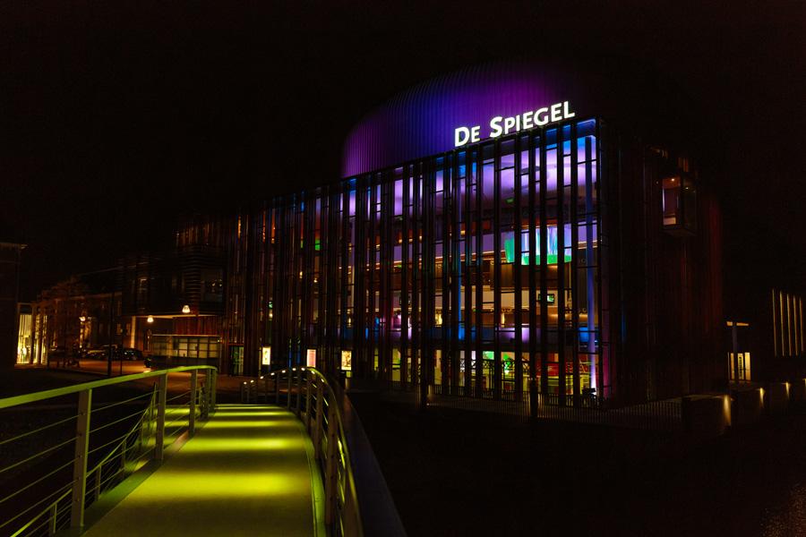 Bruidsfotografie-Zwolle-Theater-De-Spiegel-055